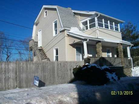 184 Buckingham Ave - Photo 1