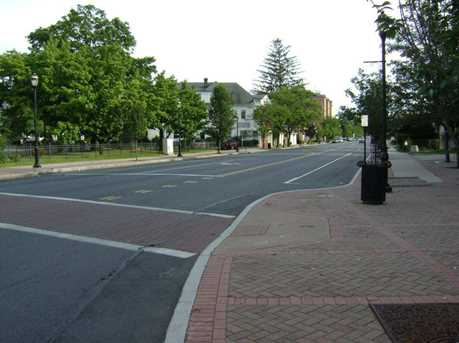 641 Maple Ave - Photo 4