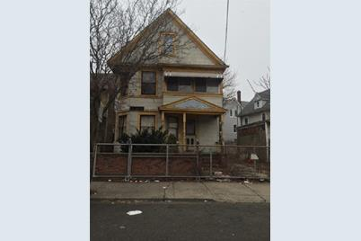 85 5th Street - Photo 1