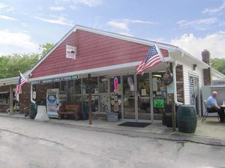 497 Winthrop Rd - Photo 1