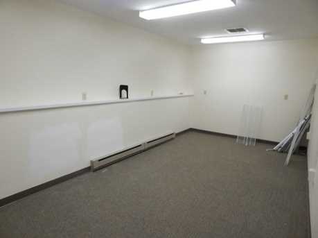 189 Middlesex Avenue - Photo 10