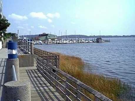 40 Harbour Close #B-14 - Photo 12