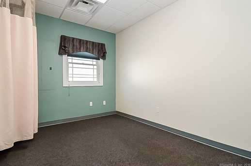 1601 Meriden Waterbury Turnpike - Photo 16