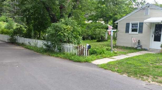 439 Prospect Street - Photo 10