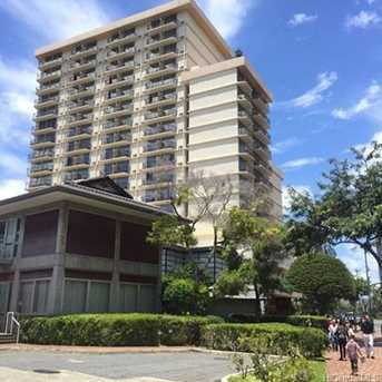 2045 Kalakaua Avenue #1114 - Photo 1