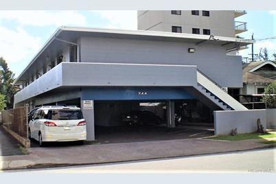 711 Makaleka Avenue - Photo 1