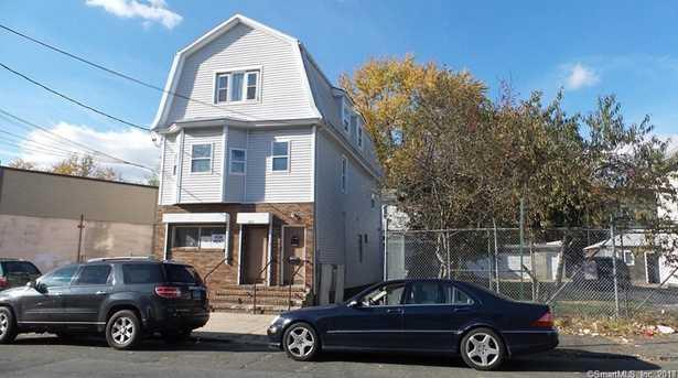 918 Maplewood Avenue - Photo 1