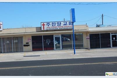804 N Gray Street - Photo 1