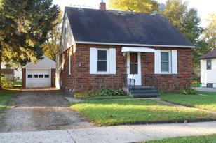 1305 Clark Street W - Photo 1