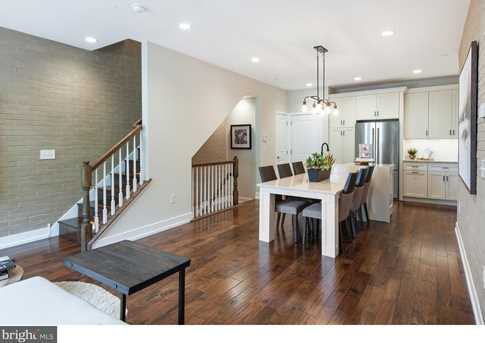 813 Lakeview Ct #813 - Photo 2