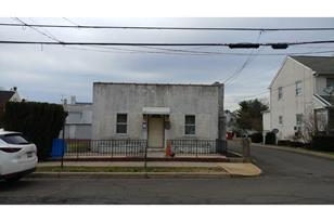 434 Walnut Street - Photo 1
