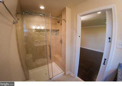 19 Verna Way - Photo 10
