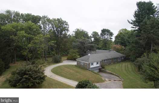 1247 Country Club Rd - Photo 4