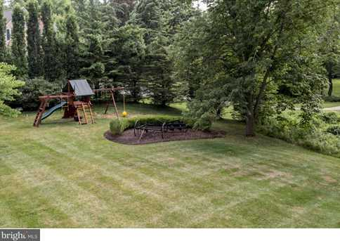 1346 Wooded Way - Photo 24