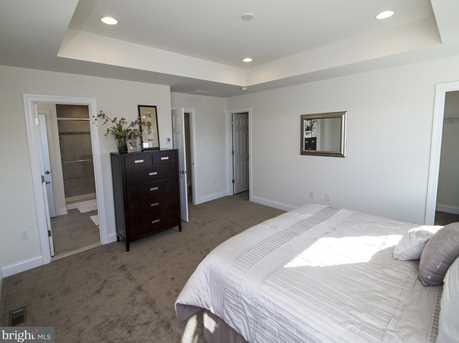 559 Berkley Place #14 - Photo 18