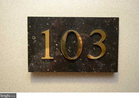 1655 Oakwood Dr #N103 - Photo 2