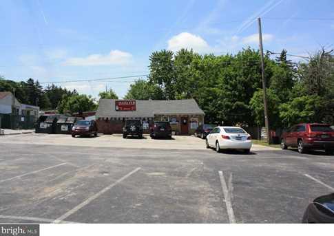 560 Lancaster Avenue - Photo 2
