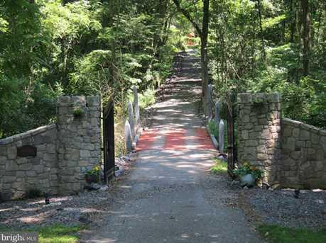 22 Fern Hill Road - Photo 1