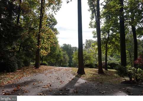 1107 Shadow Wood Drive - Photo 2