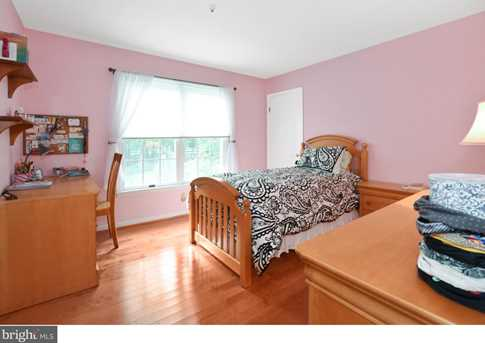 289 Watch Hill Road - Photo 12