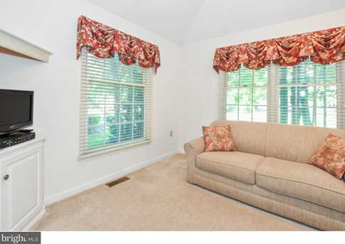 289 Watch Hill Road - Photo 4