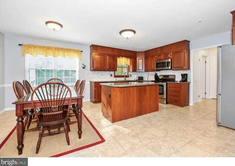 289 Watch Hill Road - Photo 6