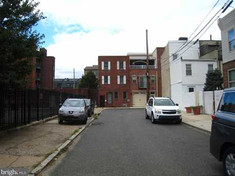 219-221 Earp Street - Photo 16