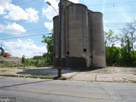 2410-28 W Sedgley Avenue - Photo 4