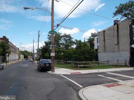 1024 W Orleans St - Photo 2