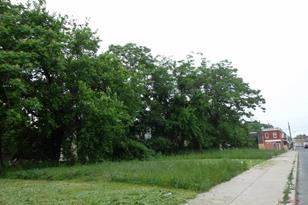 2450 N Newkirk Street - Photo 1