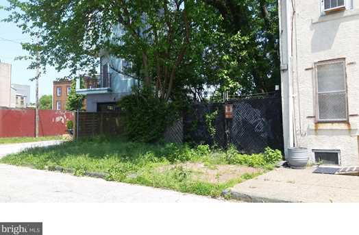 1617 N Lawrence Street - Photo 2