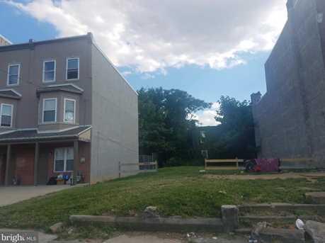 1636 W Erie Avenue - Photo 4