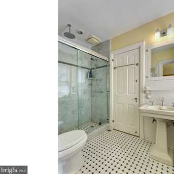 631 Chester Avenue - Photo 16