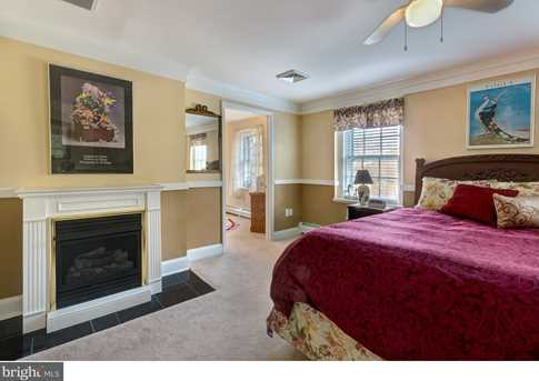 631 Chester Avenue - Photo 14