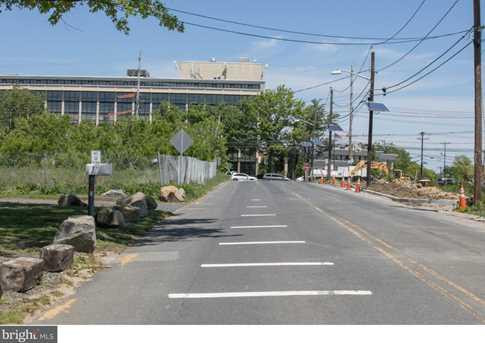 29 Beaver Avenue - Photo 2