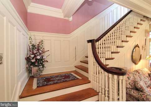 334 Chester Ave - Photo 10