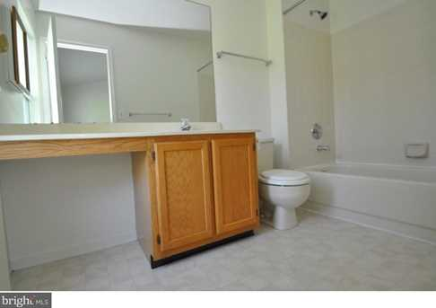 504 Lindsley Court - Photo 14