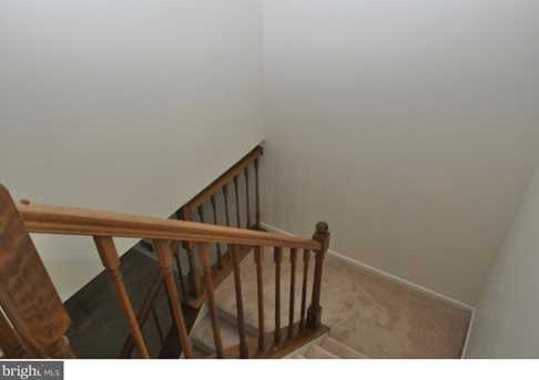 504 Lindsley Court - Photo 12