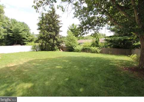 50 Lakeview Dr - Photo 2