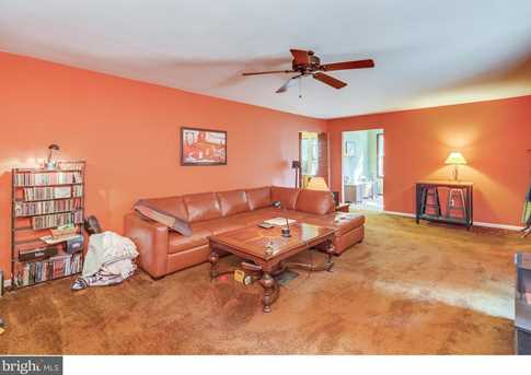 155 Clementon Rd W - Photo 4