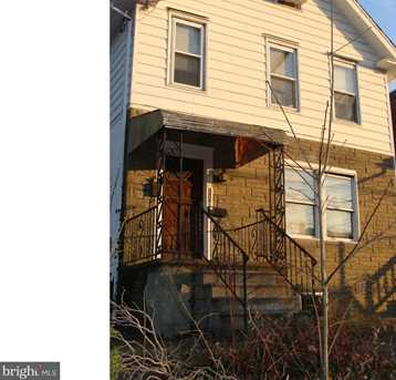 110 Chester Pike - Photo 2