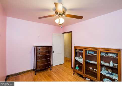 395 Lakeview Avenue - Photo 18