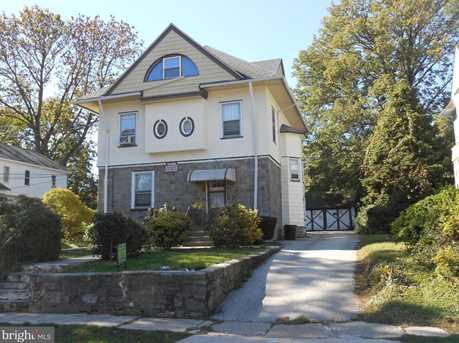 214 W Garfield Avenue - Photo 2
