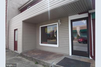 137 E Lancaster Avenue - Photo 1