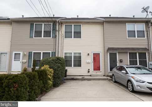 3546 Edgemont Street - Photo 2