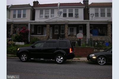 571 E Sanger Street - Photo 1