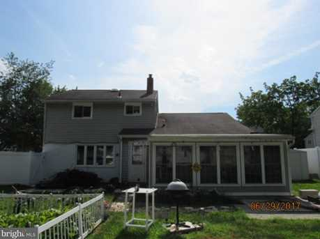 108 Sylvan Terrace - Photo 4