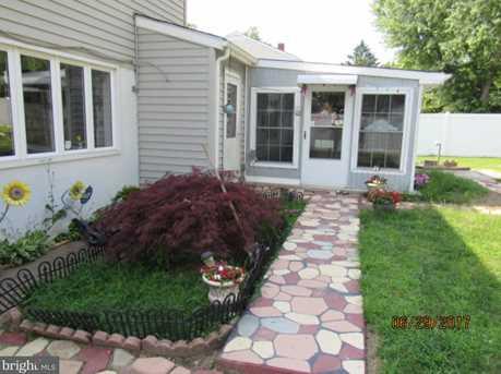 108 Sylvan Terrace - Photo 8