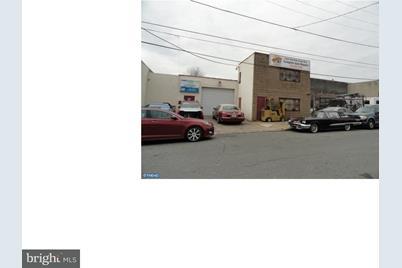 4740 Wingate Street - Photo 1