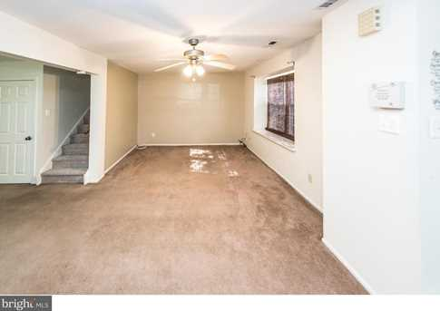 93 Hollybrooke Dr - Photo 2